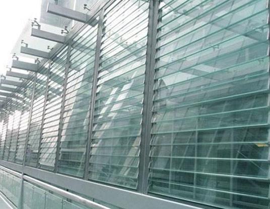 玻璃运用氢氟酸蚀刻